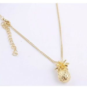 Pineapple 🍍 Gold Tone Pendant Sweater  Necklace